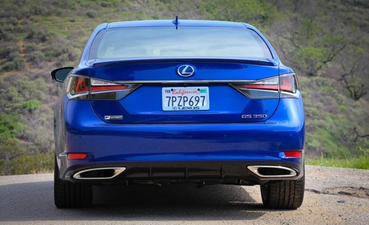 Featured Image: Caranddriver.com, 2016 Lexus GS, Luxury Sedan,Fuel Efficient, Luxury Vehicles, 2016 Luxury Vehicles,Japanese Cars