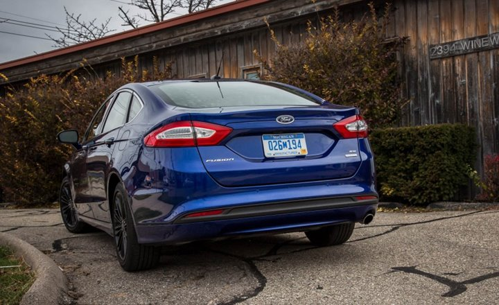 Source: Caranddriver.com,2016 Ford Fusion, 2016 Best Cars, 2016 Mid-sized Cars, American Cars , Ford, Midsize Cars
