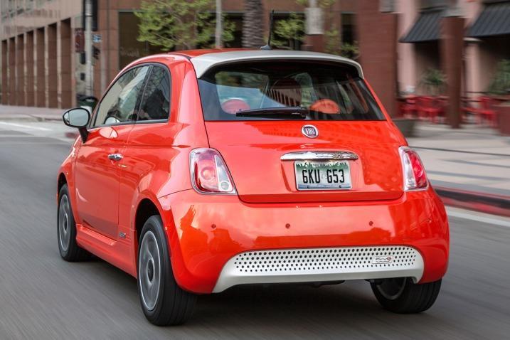 Source: Edmunds.com, 2016 Fiat 500, 2016 Hatchback Cars, 2016 Electric Cars, Italian Cars, Fiat 500e, Compact Cars, Small Cars