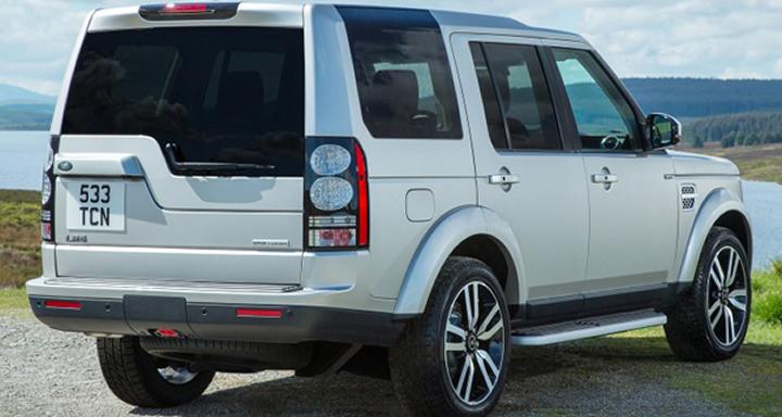 7 passenger family SUVs, 2016_land-rover_lr4_4dr-suv_hse-lux_rq_oem_1_717, Land Rover LR4, Range Rover, Land Rover, British Cars, SUV, Family Cars, Family SUVs, 3 Row Vehicle