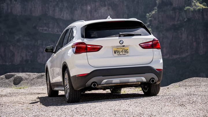 Source: Autoweek.ca, 2016 BMW X1, Fuel Efficient, Fuel Efficient SUV, 2016 Affordable SUVs, Family SUVs, Luxury SUV, SUV Models, Buy New SUV