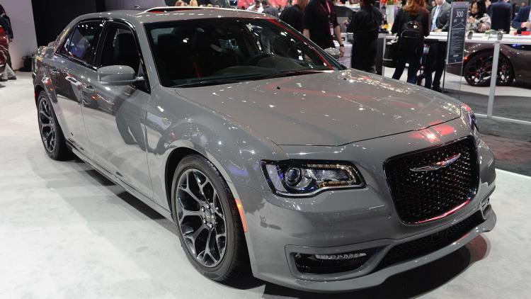 2017 Chrysler 300s, Chrysler, American Cars, Chicago Auto Show, 2016 Chicago Auto Show, American Car Shows, Large Sedans, Family Cars