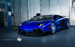 Midnight Blue Lamborghini Aventador LP700-4 Roadster